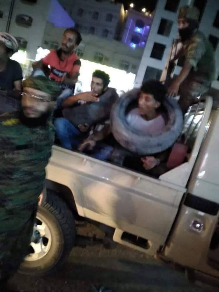 الآن.. تدخل طارئ للتحالف بعد تهديد الزبيدي بسحق المتظاهرين بعدن وارتكاب مليشياته جرائم بشعة بحقهم (صور صادمة)