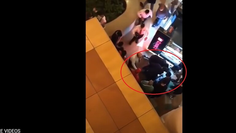 شاهد لحظة سقوط فتاة مول سيتي ستارز بالقاهرة من الطابق السادس.. فيديو